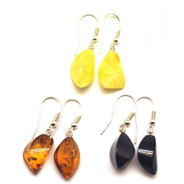 Amber earrings | Lot of 3 faceted Baltic amber earrings